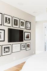 电视爬上卧室背景墙